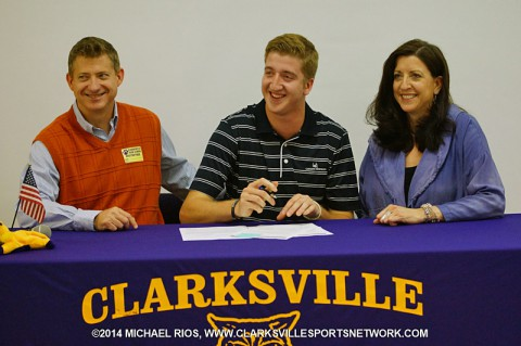 Clarksville High School golfer Sam Davis is joined by his parents as he signs with Carson-Newman. (Michael Rios Clarksville Sports Network)