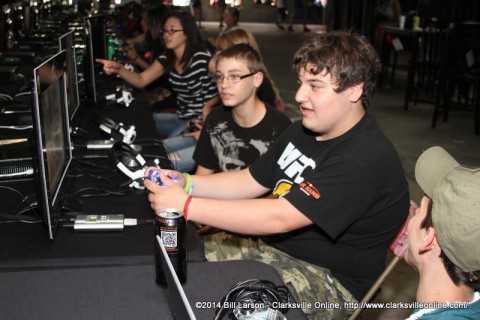 Kids enjoying the gaming experience provided by CDE Lightband's new gigabit service offering at the Gig City Gaming Area