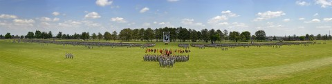 12,800 soldiers of the 101st Airborne Division stand on the Division Parade Field (Jerry Woller/ Fort Campbell Multimedia Visual Information Service Center)