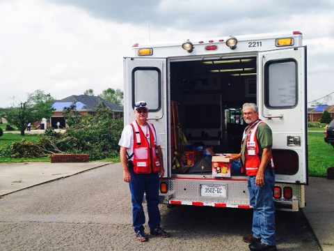 American Red Cross workers Bob Stafford and Drex Freeman.