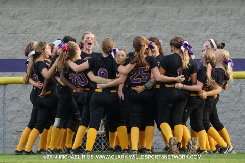 Clarksville High defeats Beech 6-0 to advance at Regional Softball Tournament (Michael Rios Clarksville Sports Network)