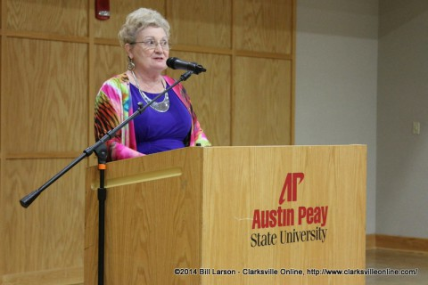 Sue Culverhouse speaking at the 2014 Clarksville Writer's Conference
