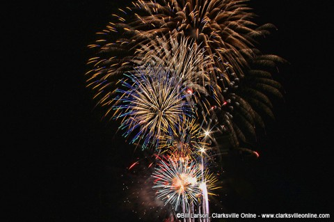 2014 Lighting up the Cumberland Fireworks show at Cumberland City Tennessee.