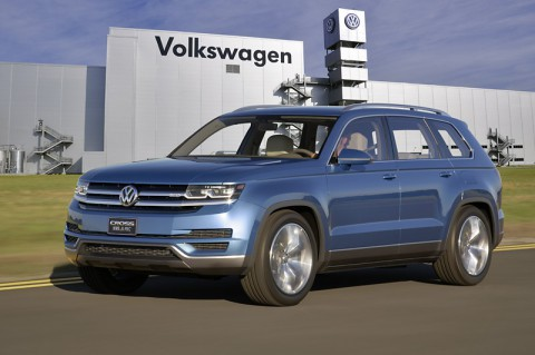New midsize SUV from Volkswagen to be produced in Chattanooga [Concept car shown]. (©Volkswagen of America, Inc.)