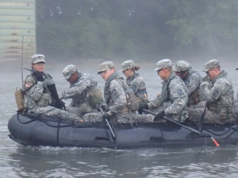 APSU ROTC Students undertaking a BLITZ training mission on the Cumberland River