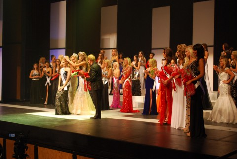 The Crowning of Miss Tennessee at the 2013 Miss Tennessee USA Pageant (Clarksville-Montgomery County Convention & Visitors Bureau)