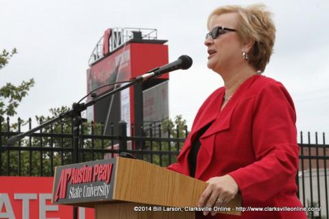 APSU President Alisa White addresses the crowd
