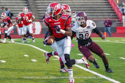 APSU wide receiver Javier Booker caught 5 passes for 29 yards against Eastern Kentucky.