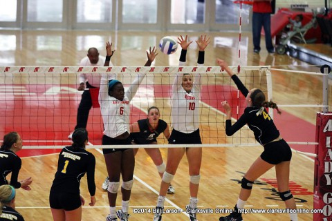 Austin Peay Volleyball beats Morehead State to go 4-0 in OVC play.