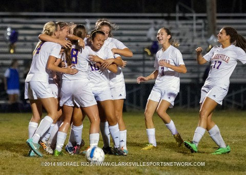Clarksville High Soccer gets 2-1 win over Franklin High.