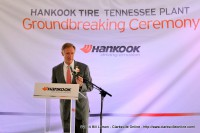 Tennessee Governor Bill Haslam addresses the audience