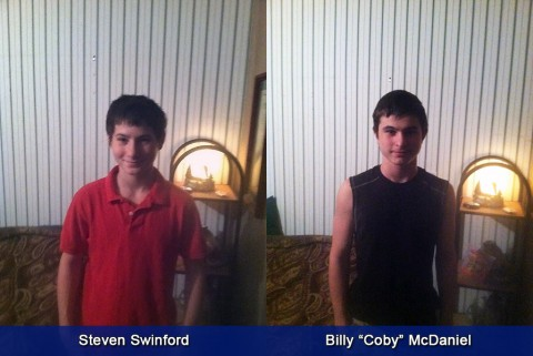 "If anyone locates Steven Swinford (left) and Billy ""Coby"" McDaniel (right) please call 911 or Detective Bartel at 931.648.0656 Ext. 5144."