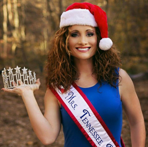 Mrs. Tennessee Petite America to host Holiday Collection Drive at Tilted Kilt Pub & Eatery. (Leo Hall)