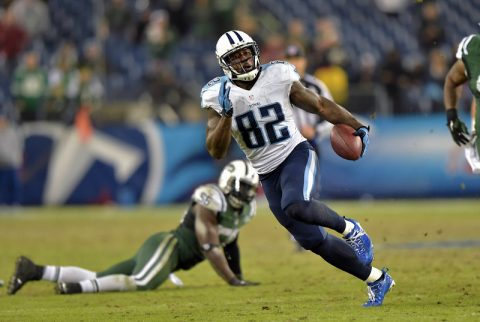 Tennessee Titans tight end Delanie Walker ((82) carries the ball against the New York Jets during the last play of the second half at LP Field. The Jets beat the Titans 16-11 on December 14th, 2014. (Don McPeak-USA TODAY Sports)
