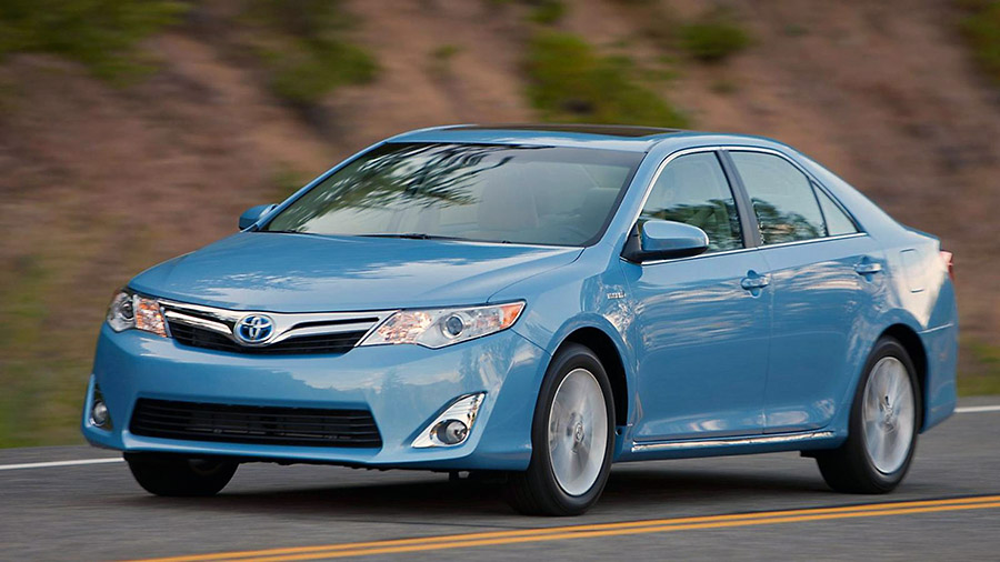 consumer reports names toyota camry hybrid best new car value in annual rankings clarksville. Black Bedroom Furniture Sets. Home Design Ideas