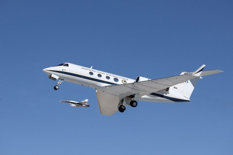 Adaptive Compliant Trailing Edge (ACTE) flight of NASA's green aviation project. (NASA/Ken Ulbrich)