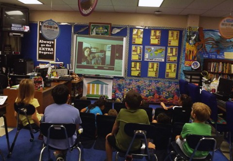 Fifth graders in Wendy Brake's class at Leon Spring Elementary in San Antonio, Texas, participating in an EEAB webinar. (Wendy Brake)