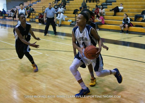 Northeast Eagles beat West Creek 24-22 to advance to Middle School Basketball Area 1-AAA Championship.