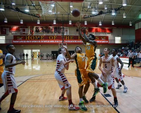Northwest Boy's Basketball beat Rossview 42-41.