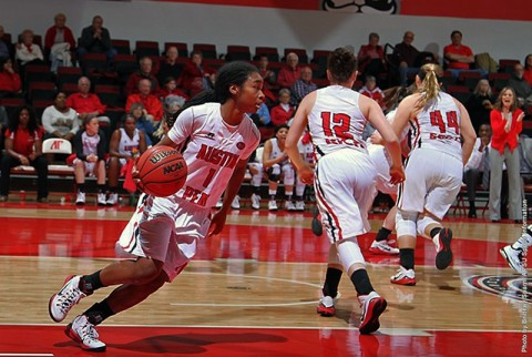 Austin Peay junior guard Tiasha Gray let all scorers with 37 points against Murray State. (APSU Sports Information)