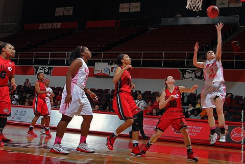 Austin Peay senior guard Kristen Stainback (4) needs just 11 points to reach 1000 career points. (APSU Sports Information)