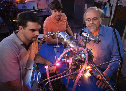 Left to right: Ames scientists Michel Nuevo, Christopher Materese and Scott Sandford reproduce uracil, cytosine, and thymine, three key components of our hereditary material, in the laboratory. (NASA/ Dominic Hart)