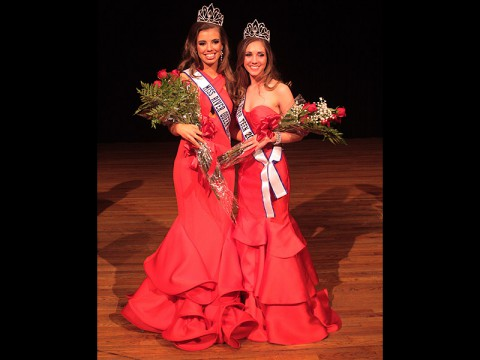 2015 Miss River Queen Tanna Norman (left) and Miss River Teen Jasmine Gardner (right).