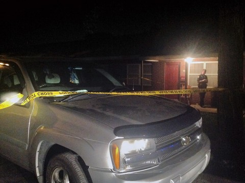 Clarksville Police tape off and secure the scene of the shooting in Lincoln Homes. (CPD)