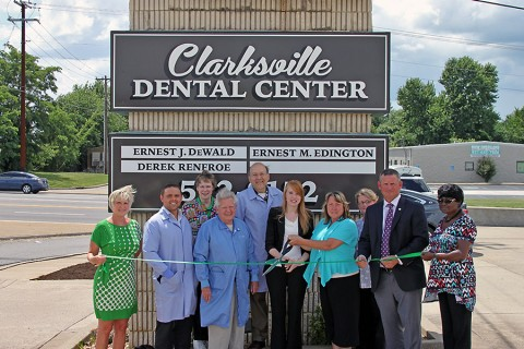 Green Ribbon cutting ceremony for Clarksville Dentistry. (L to R) Melinda Shepard, Dr. Derek Renfroe, Joan DeWald, Dr. E. Mac. Edington, Dr. Ernie DeWald, Heather Barbour, Nancy Rushing, Ginger Walker, Mayor Durrett and Ruth Gordon.