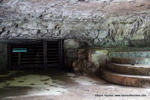 Entrance to Dunbar Cave.
