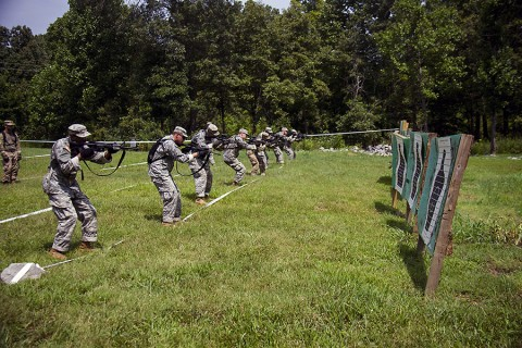 Soldiers from 2nd Platoon, Company A, 1st Battalion, 26th Infantry Regiment, 2nd Brigade Combat Team, 101st Airborne Division (Air Assault), conduct ready up drills at Fort Campbell, KY, July 27, 2015. Ready up drills are the building blocks for effective short-range, rapid-engagement shooting techniques. (Staff Sgt. Terrance D. Rhodes, 2nd Brigade Combat Team, 101st Airborne Division (Air Assault) Public Affairs)