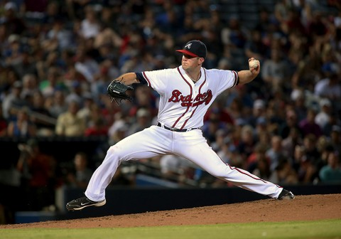 Atlanta Braves starting pitcher Alex Wood (40) delivers a pitch to a Los Angeles Dodgers batter in the sixth inning of their game at Turner Field. (Jason Getz-USA TODAY Sports)