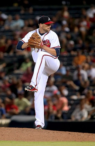 Atlanta Braves relief pitcher Jim Johnson (53) delivers a pitch to a Los Angeles Dodgers batter in the ninth inning of their game at Turner Field. The Braves won 4-3. (Jason Getz-USA TODAY Sports)