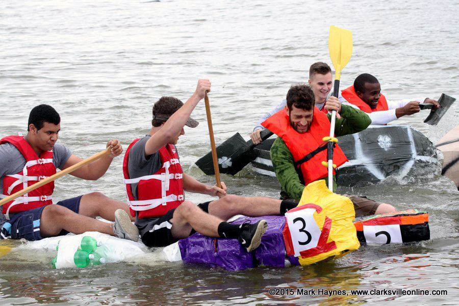 Clarksville's Riverfest Regatta took place today on the Cumberland River.