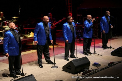 Serieux: A Temptations Revue closed out Friday nights Riverfest Festival.