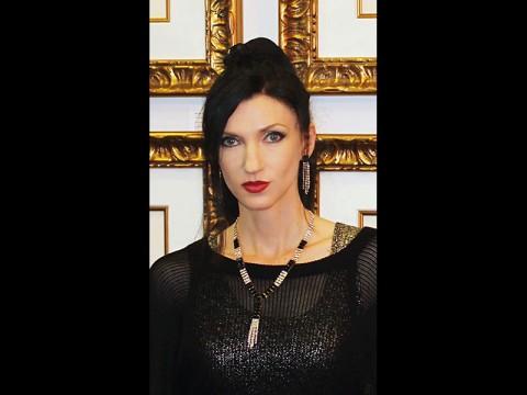 Artist Dolly Georgieva-Gode