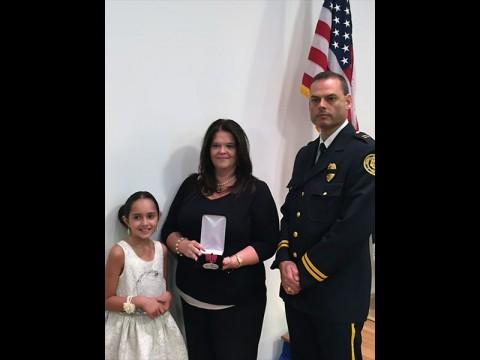 (L to R) Iyla Dindar, Jackie Dindar and Clarksville Police Captain Scott Thornton.