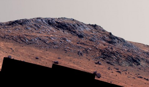 """This Martian scene shows contrasting textures and colors of """"Hinners Point,"""" at the northern edge of """"Marathon Valley,"""" and swirling reddish zones on the valley floor to the left. (NASA/JPL-Caltech/Cornell Univ./Arizona State Univ.)"""