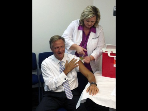 Tennessee Governor Bill Haslam receives his annual seasonal flu vaccination from Beth Denney, RN at the Tennessee Department of Health Northeast Regional Health Office in Johnson City, Tennessee October 19th, 2015.
