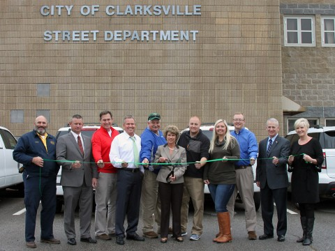 (L to R) Daryl Pater, County Mayor Durrett, Scott Bibb, David Shepard, Oliver Sykes, City Mayor McMillan, Jeff Bryant, Ashlie Farmer, Chris Cowen, Charlie Gentry and Melinda Shepard.