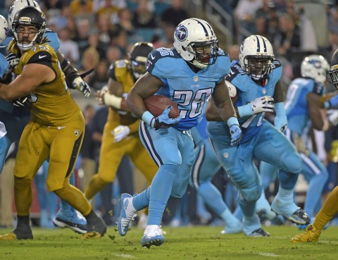 Tennessee Titans running back Antonio Andrews (26) carries the ball against the Jacksonville Jaguars during an NFL football game at EverBank Field November 19th, 2015. (Kirby Lee-USA TODAY Sports)