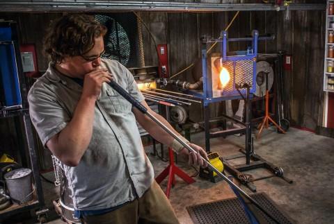 Glass Artist Thomas Spake.