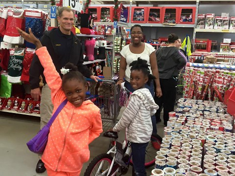 "Clarksville Police Chief Al Ansley at ""Shop with a Cop"" event, Saturday. (CPD)"