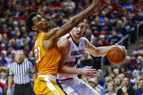 Gonzaga Bulldogs forward Domantas Sabonis (11) dribbles against Tennessee Volunteers forward Derek Reese (23) during the first half at KeyArena. (Joe Nicholson-USA TODAY Sports)