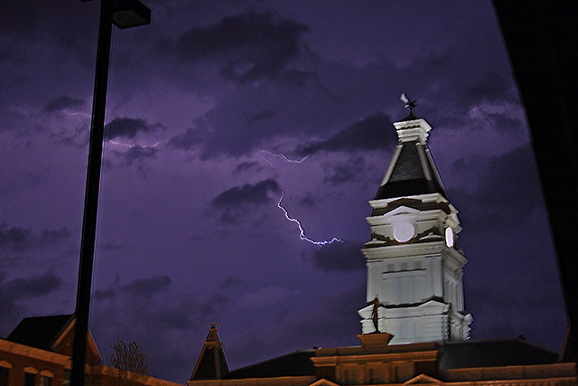 Severe thunderstorms possible Wednesday into Wednesday night for Clarksville Montgomery County