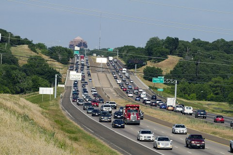 Traffic on the highway. (American Heart Association)