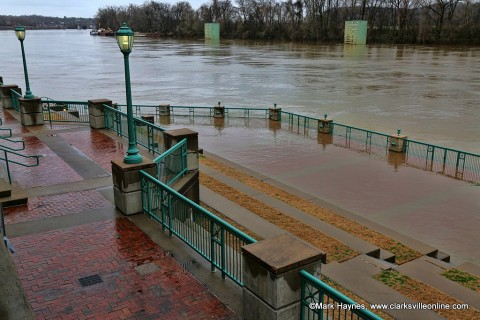 High water at McGregor Park along the banks of the Cumberland River in Clarksville Tennessee.