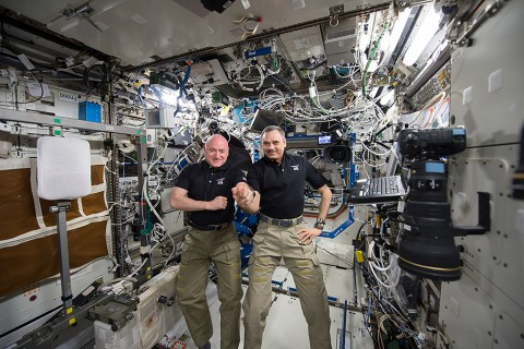 NASA astronaut Scott Kelly and Russian cosmonaut Mikhail Kornienko aboard the International Space Station. (NASA)