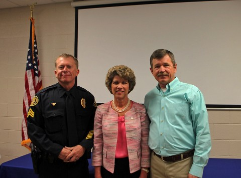 (L to R): Sgt Cris Hill, Clarksville Mayor Kim McMillan, and Sgt Andy Hagewood.