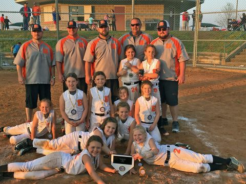 "TN Bash wins 8U Softball Title at ""Country Inn & Suites Clarksville Open""."